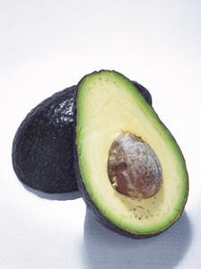 アボカドの育て方|栄養価が果実の中で一番です